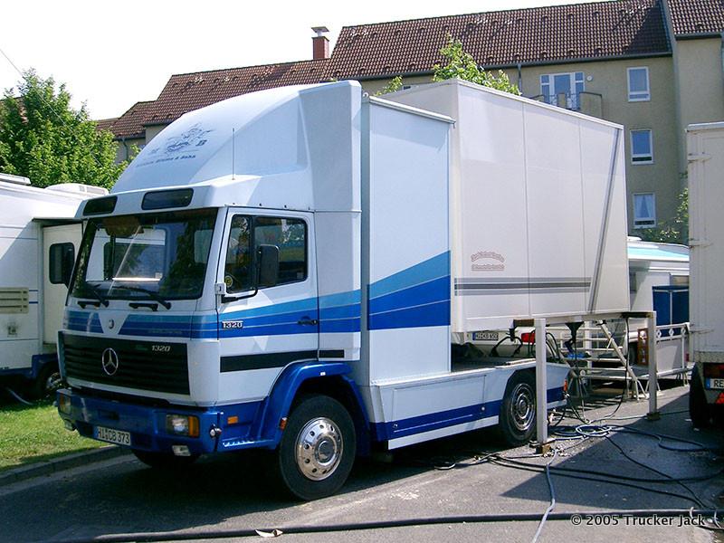 20160101-Schaustellerfahrzeuge-00577.jpg