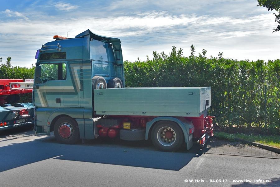 20170605-Schaustellerfahrzeuge-00028.jpg