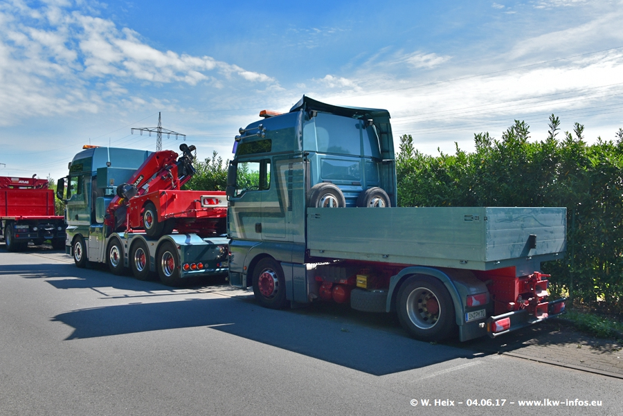 20170605-Schaustellerfahrzeuge-00029.jpg