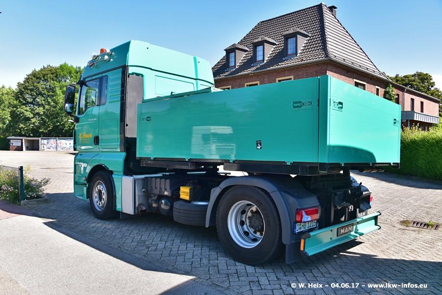 20170605-Schaustellerfahrzeuge-00045.jpg