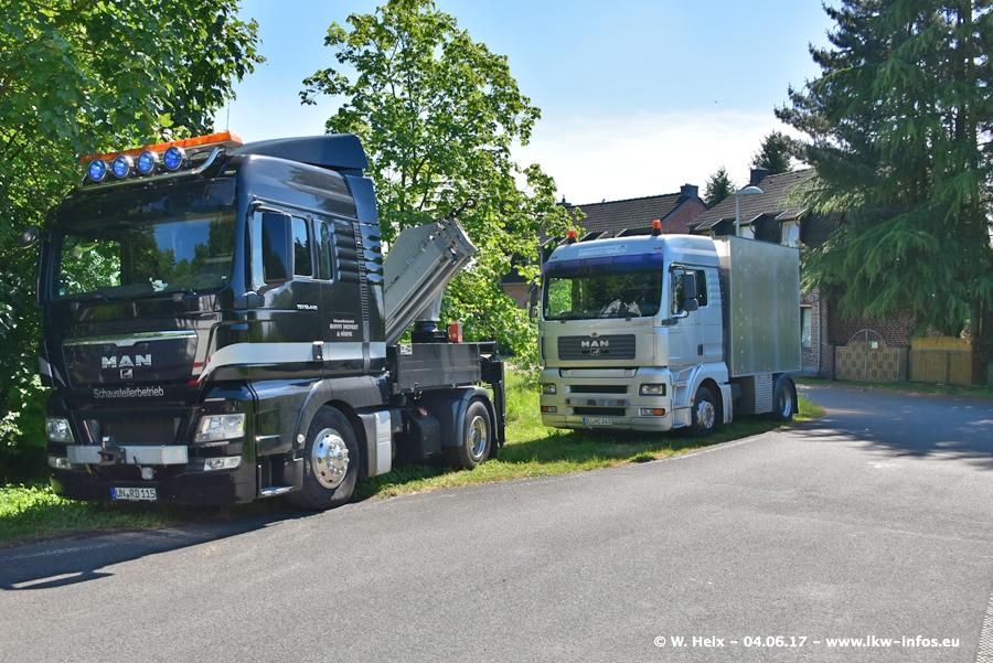 20170605-Schaustellerfahrzeuge-00065.jpg