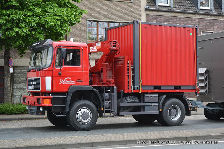 Schaustellerfahrzeuge-20130515-059.jpg
