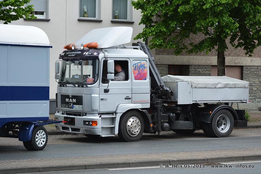 Schaustellerfahrzeuge-20130515-060.jpg