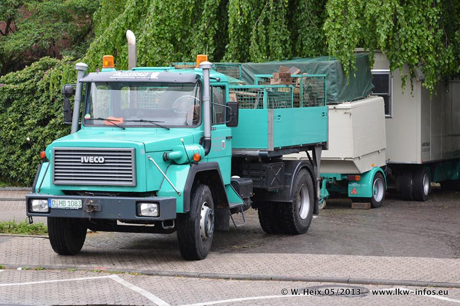 Schaustellerfahrzeuge-20130515-061.jpg