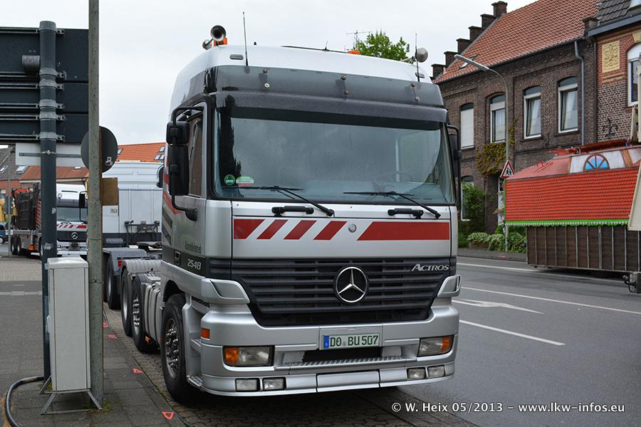 Schaustellerfahrzeuge-20130515-068.jpg