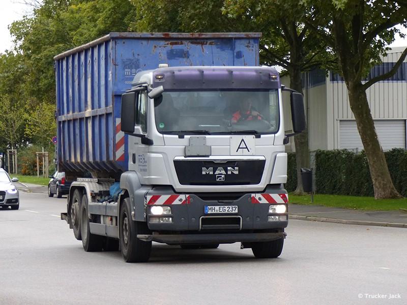 20181123-Kommunalfahrzeuge-00017.jpg