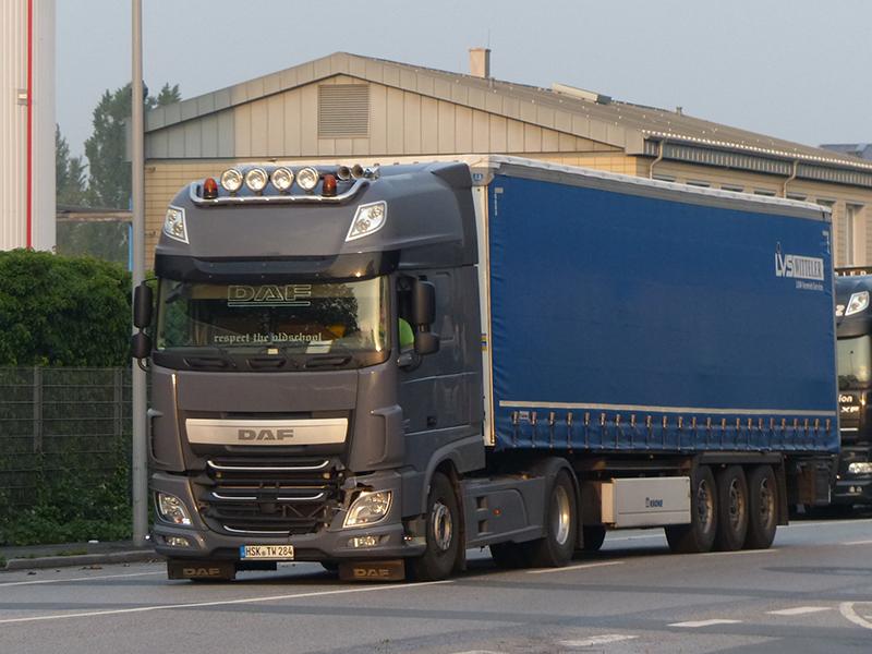 2071030-New-XF-Euro-6-00122.jpg