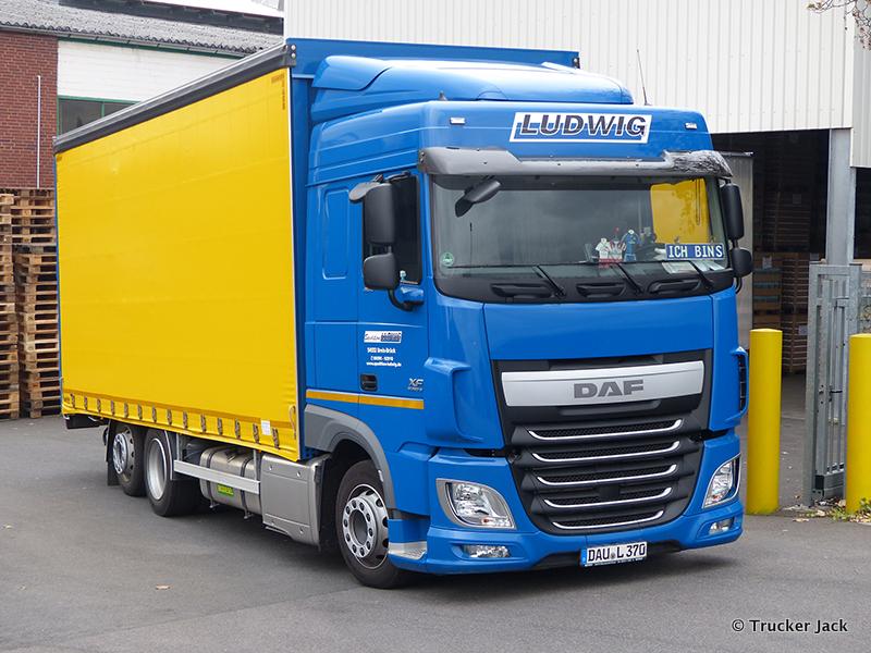 2071030-New-XF-Euro-6-00134.jpg