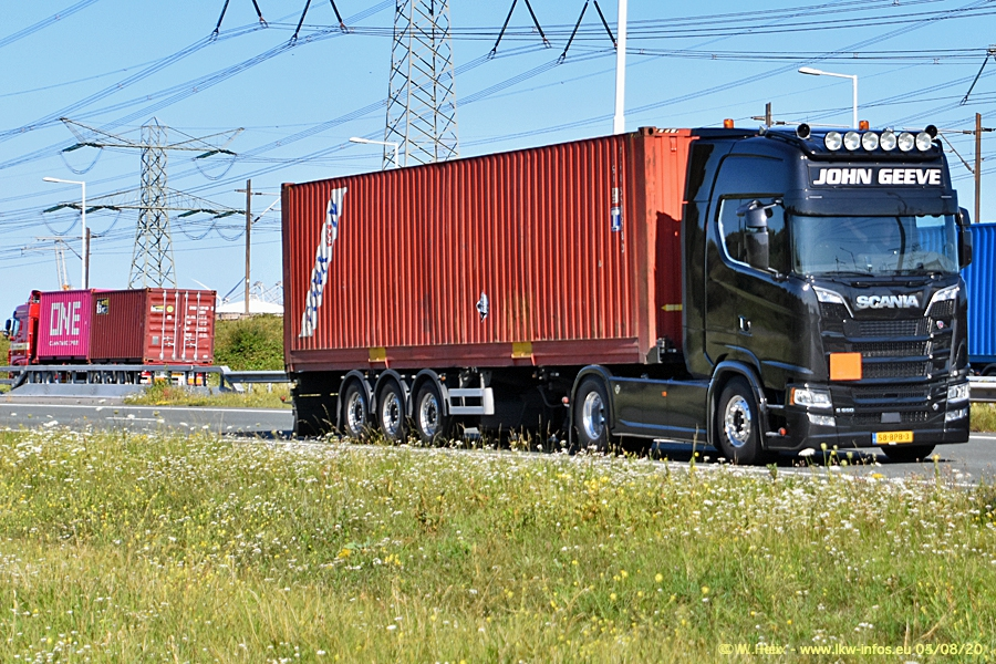 20200804-Rotterdam-Maasflakte-A15-00098.jpg