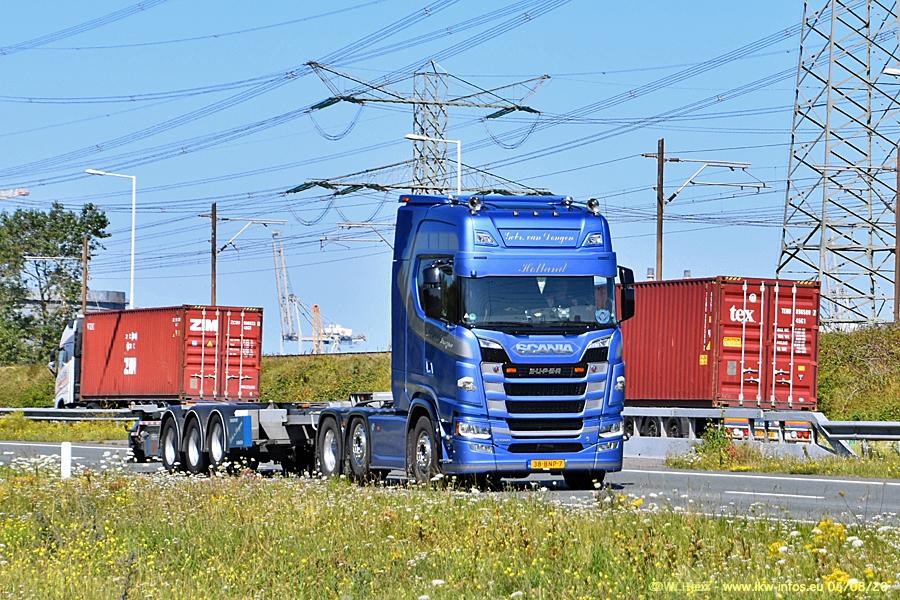20200804-Rotterdam-Maasflakte-A15-00855.jpg