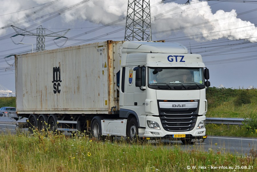 202108205-Rotterdam-Maasflakte-A15-00009.jpg