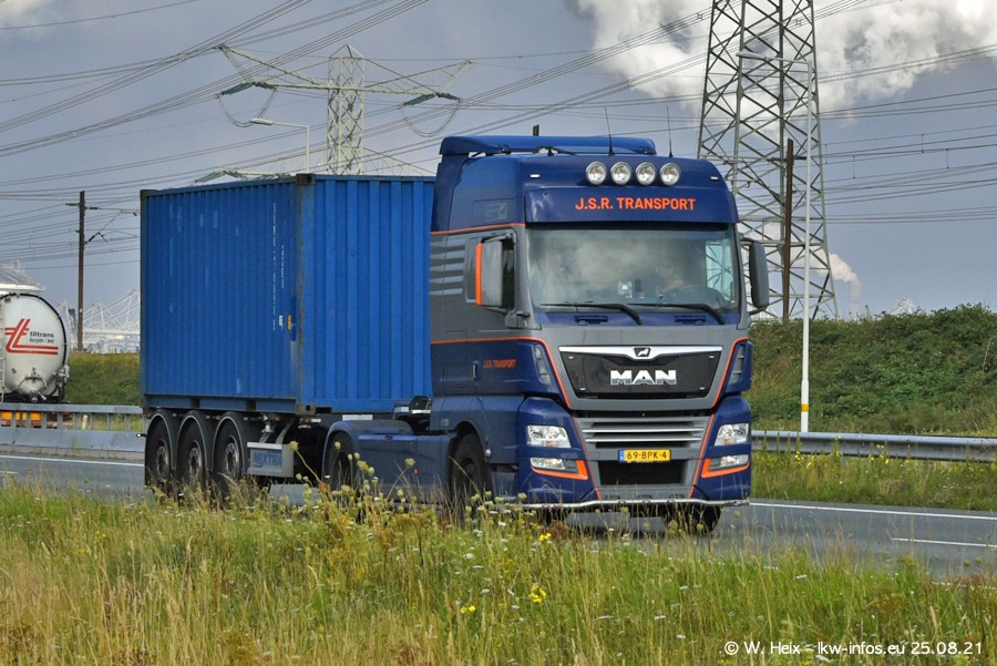 202108205-Rotterdam-Maasflakte-A15-00013.jpg