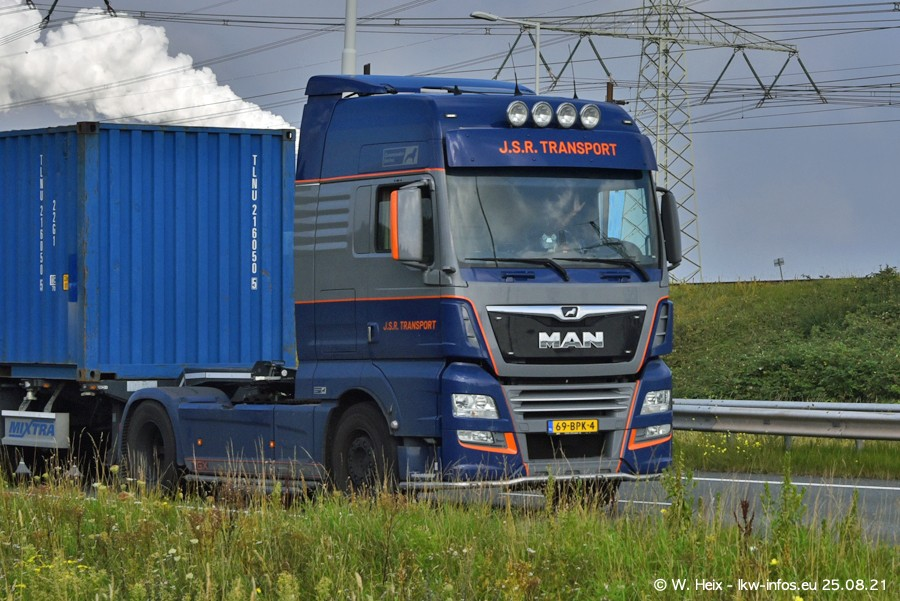 202108205-Rotterdam-Maasflakte-A15-00014.jpg