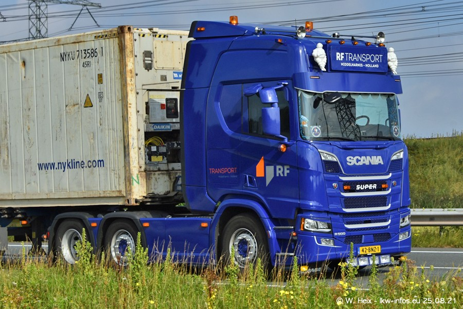 202108205-Rotterdam-Maasflakte-A15-00056.jpg