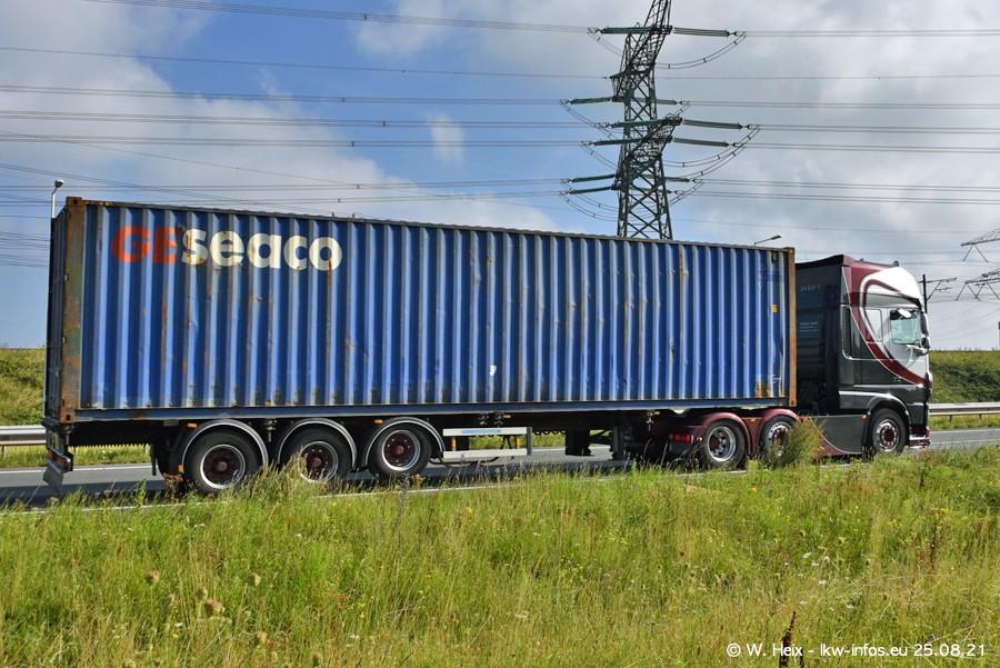 202108205-Rotterdam-Maasflakte-A15-00064.jpg