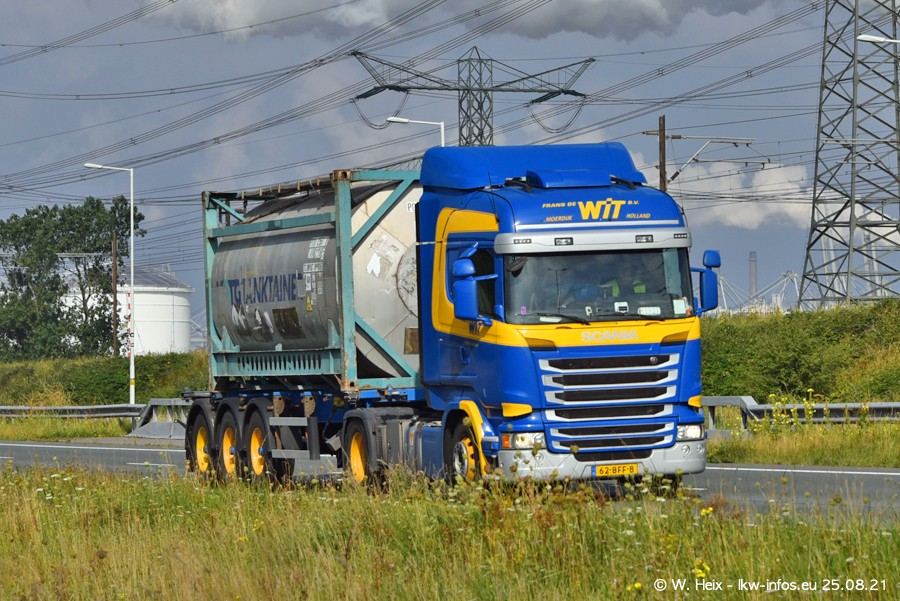 202108205-Rotterdam-Maasflakte-A15-00065.jpg