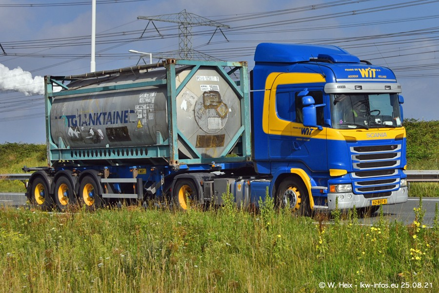 202108205-Rotterdam-Maasflakte-A15-00067.jpg