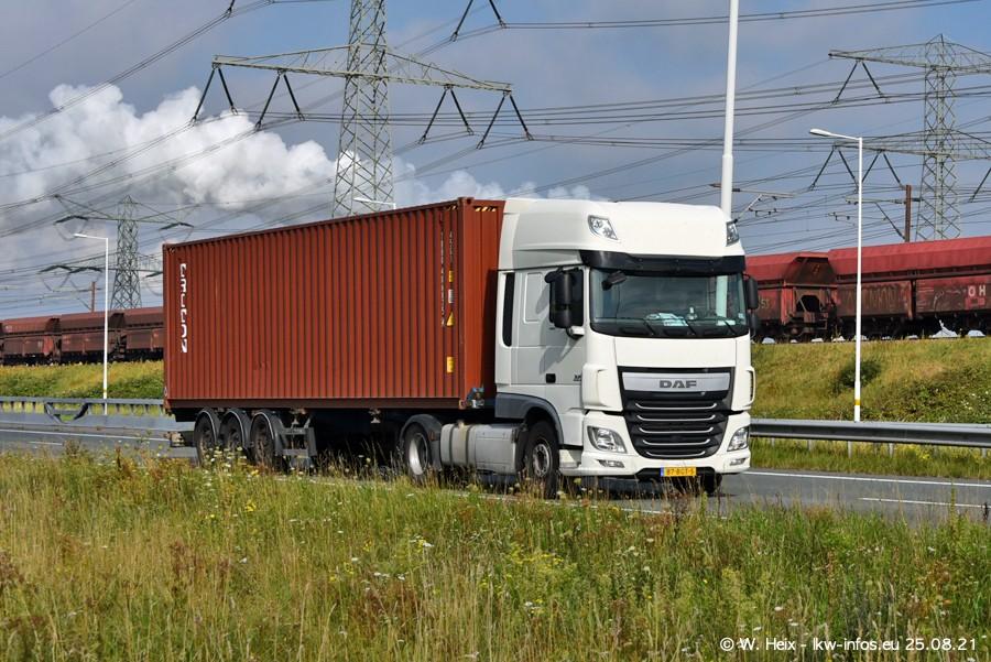 202108205-Rotterdam-Maasflakte-A15-00075.jpg