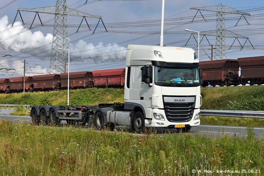 202108205-Rotterdam-Maasflakte-A15-00076.jpg