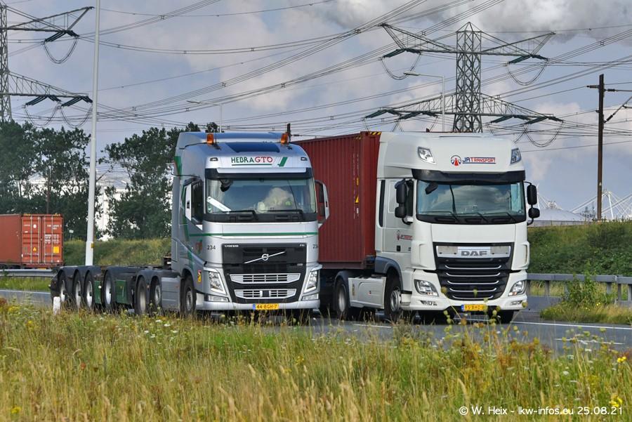 202108205-Rotterdam-Maasflakte-A15-00090.jpg