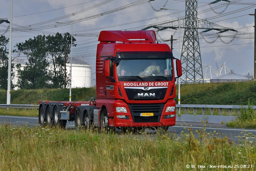 202108205-Rotterdam-Maasflakte-A15-00091.jpg