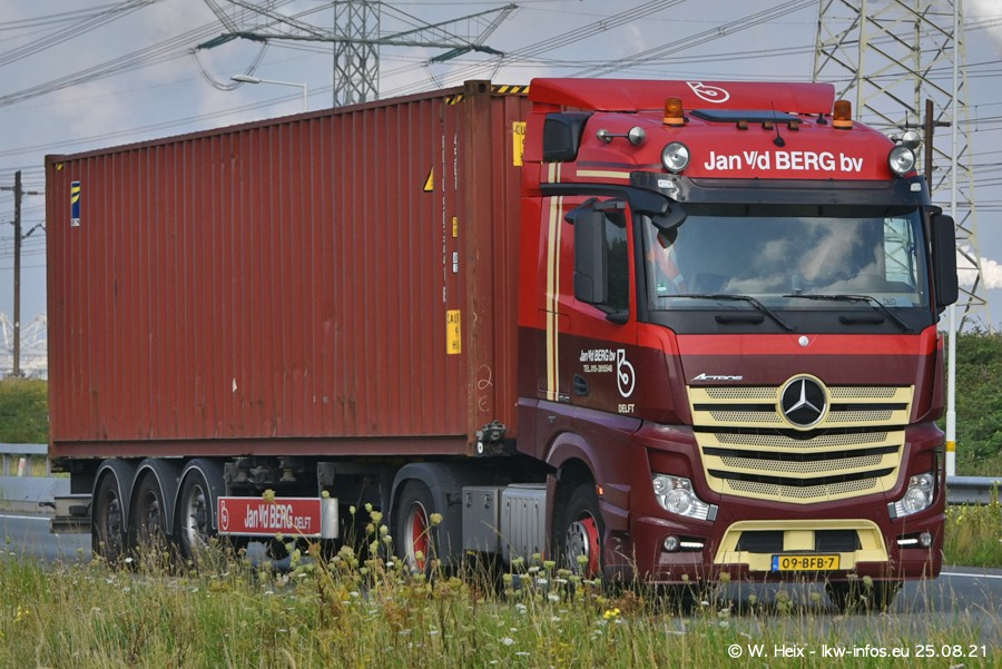 202108205-Rotterdam-Maasflakte-A15-00115.jpg