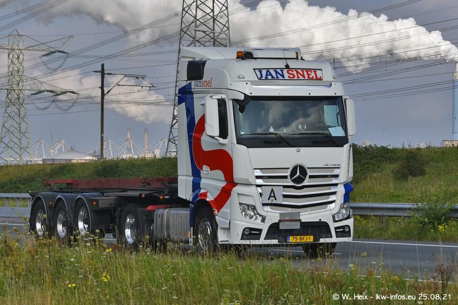 202108205-Rotterdam-Maasflakte-A15-00118.jpg