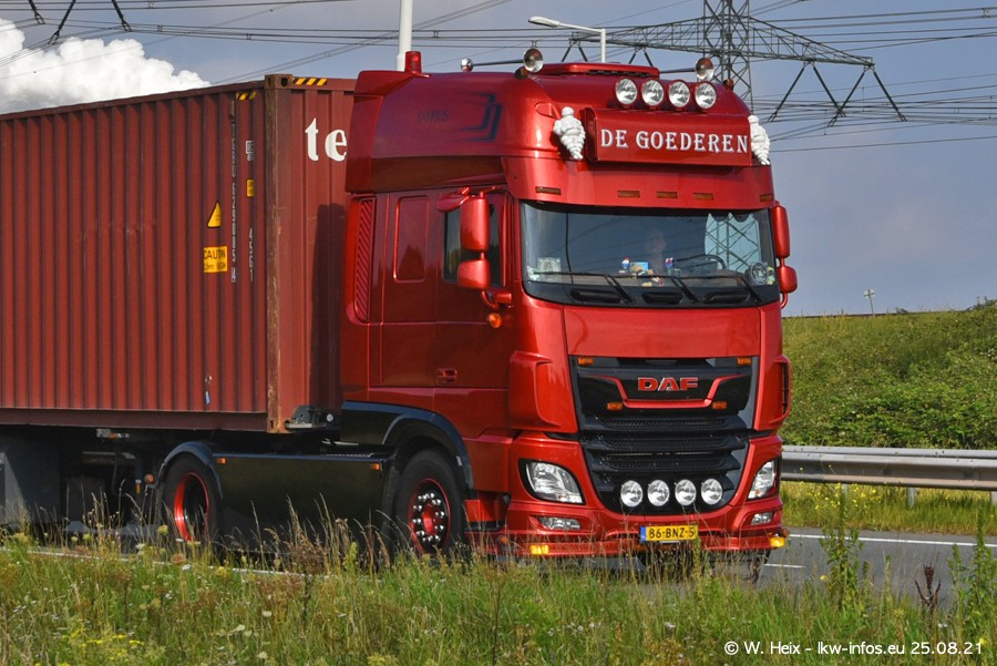 202108205-Rotterdam-Maasflakte-A15-00122.jpg