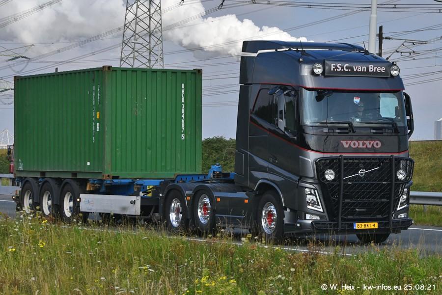 202108205-Rotterdam-Maasflakte-A15-00132.jpg