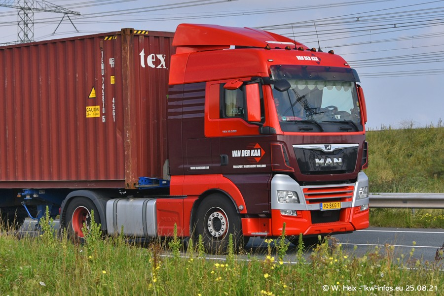 202108205-Rotterdam-Maasflakte-A15-00135.jpg