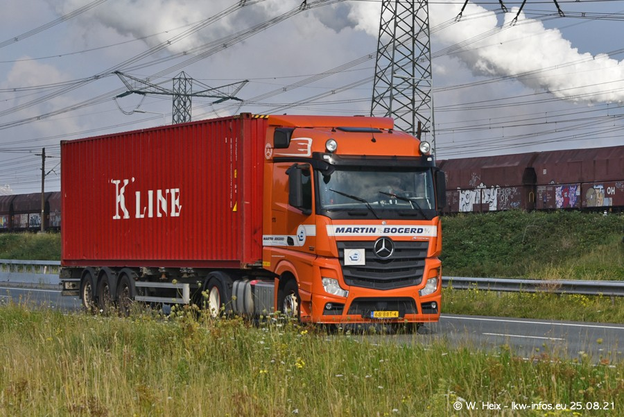 202108205-Rotterdam-Maasflakte-A15-00193.jpg