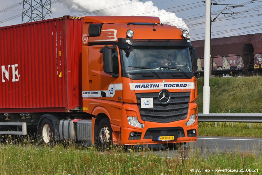 202108205-Rotterdam-Maasflakte-A15-00194.jpg