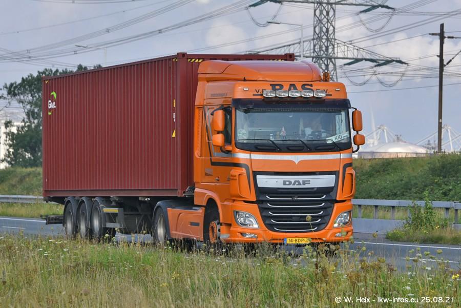 202108205-Rotterdam-Maasflakte-A15-00206.jpg