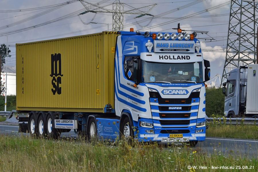 202108205-Rotterdam-Maasflakte-A15-00219.jpg