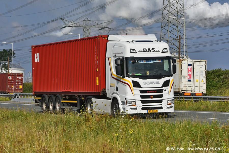 202108205-Rotterdam-Maasflakte-A15-00283.jpg