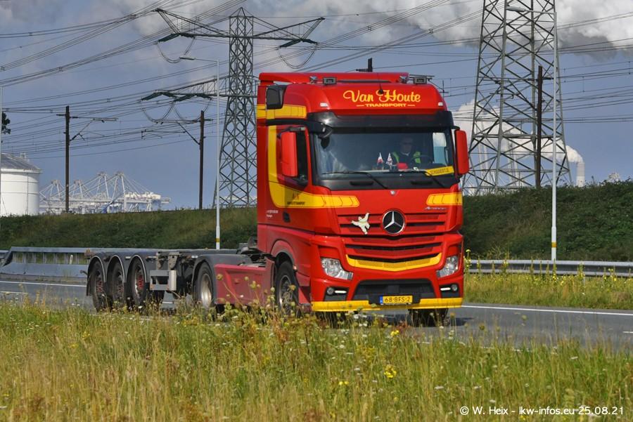 202108205-Rotterdam-Maasflakte-A15-00296.jpg