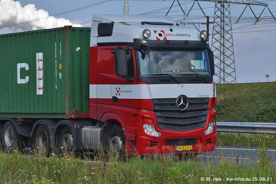 202108205-Rotterdam-Maasflakte-A15-00324.jpg