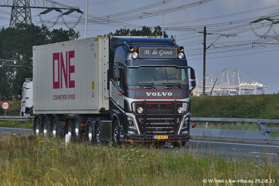202108205-Rotterdam-Maasflakte-A15-00330.jpg
