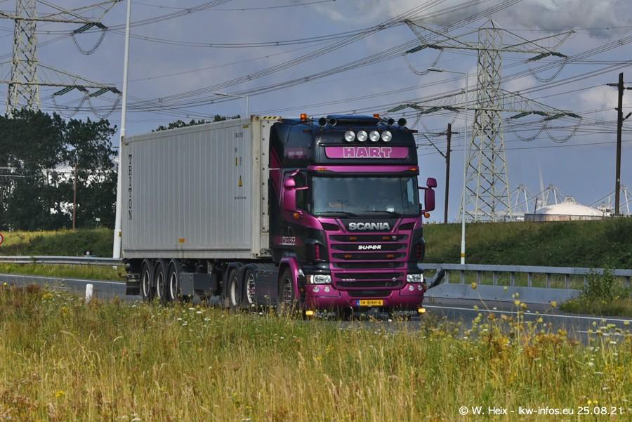 202108205-Rotterdam-Maasflakte-A15-00342.jpg