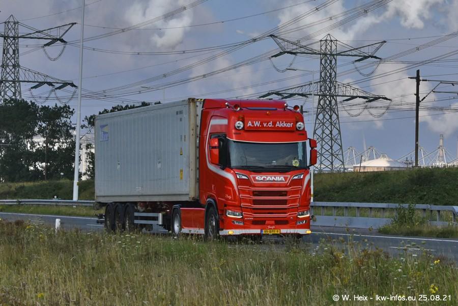 202108205-Rotterdam-Maasflakte-A15-00387.jpg