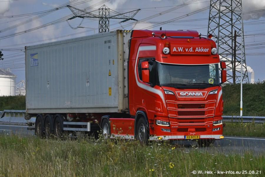 202108205-Rotterdam-Maasflakte-A15-00388.jpg