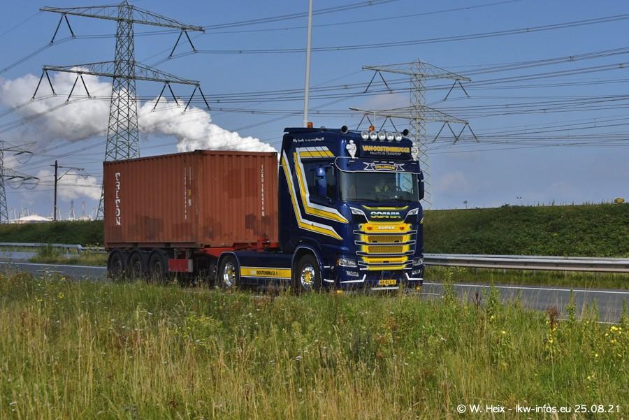 202108205-Rotterdam-Maasflakte-A15-00397.jpg
