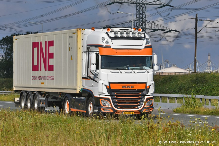 202108205-Rotterdam-Maasflakte-A15-00443.jpg