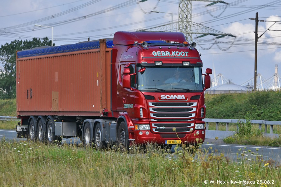 202108205-Rotterdam-Maasflakte-A15-00450.jpg