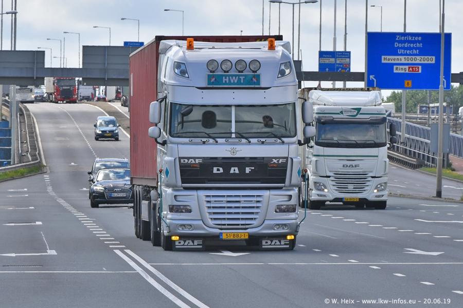 20190620-NL-Rotterdam-Containerhafen-00008.jpg