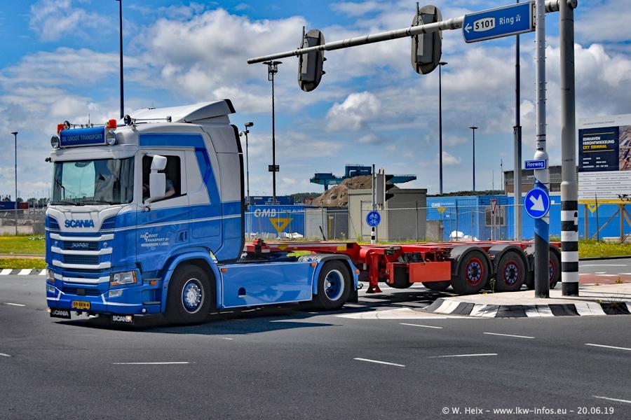 20190620-NL-Rotterdam-Containerhafen-00010.jpg