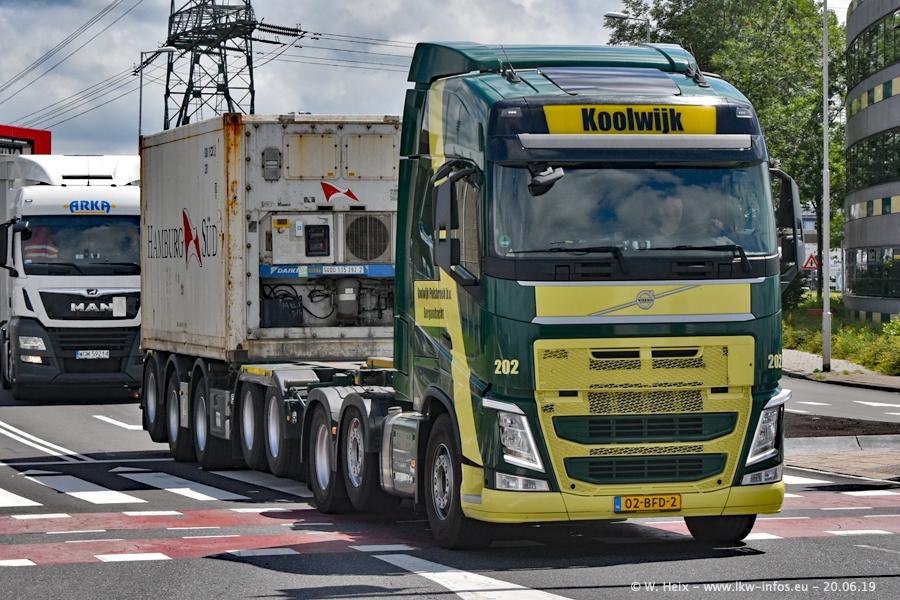 20190620-NL-Rotterdam-Containerhafen-00018.jpg