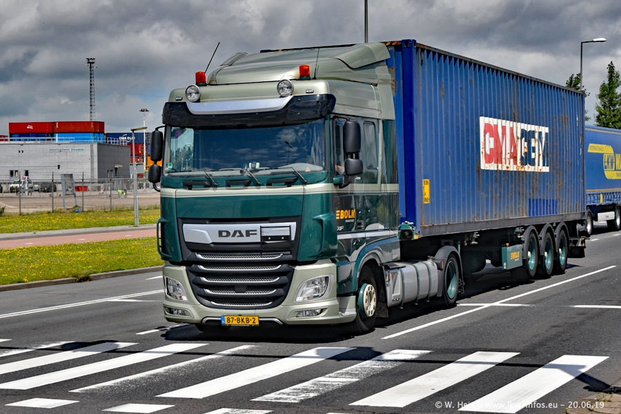 20190620-NL-Rotterdam-Containerhafen-00025.jpg