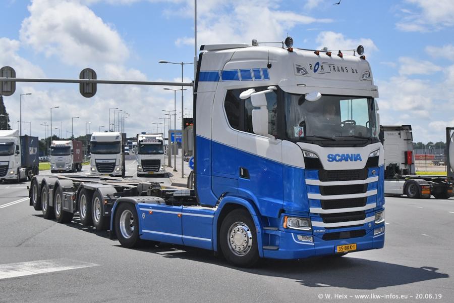20190620-NL-Rotterdam-Containerhafen-00038.jpg