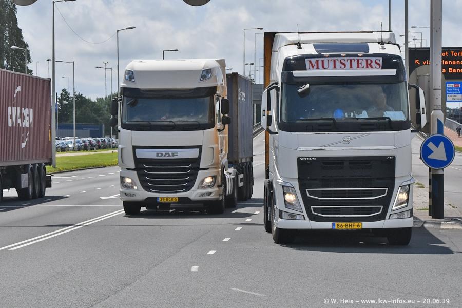 20190620-NL-Rotterdam-Containerhafen-00040.jpg